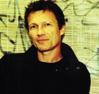 Michael Rother.jpg